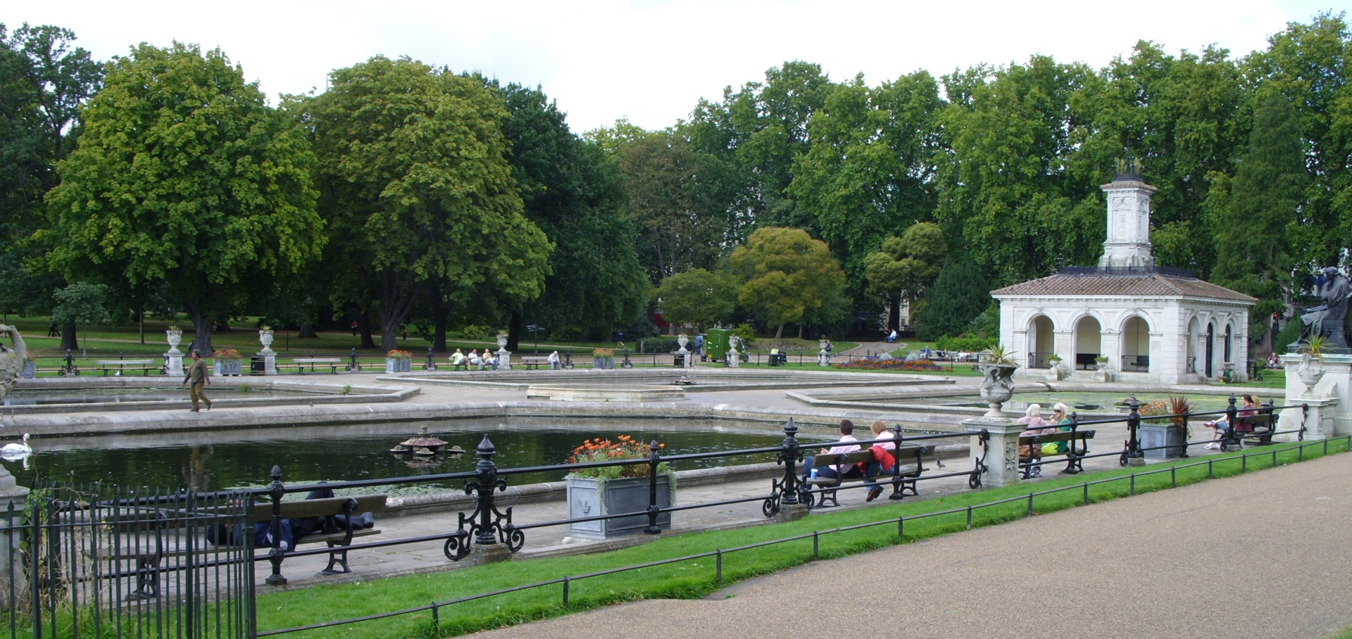 Kensington Gardens - wikipedia.org